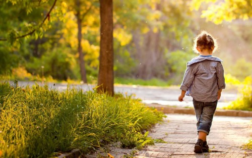 love-children-cute-trees-pathways-sidewalks-wallpaper-1920x1200